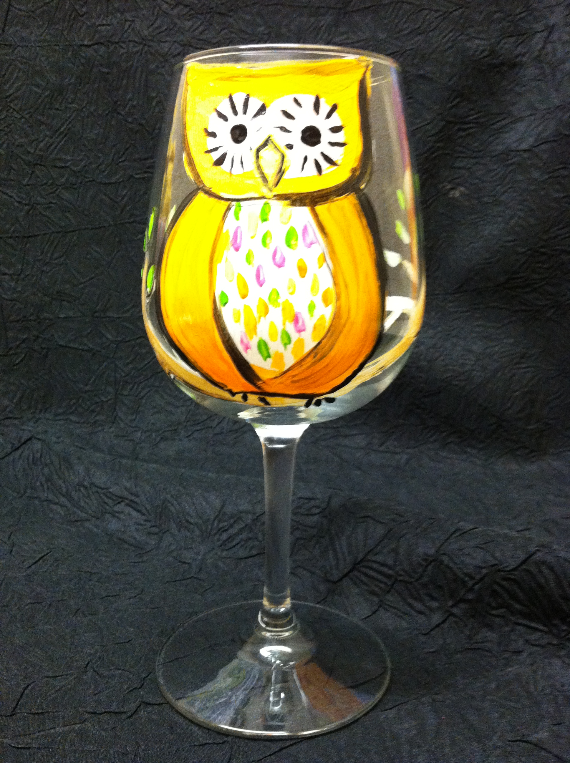 Wine glass painting options let 39 s fiesta for Groupon wine and paint